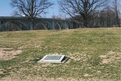 battlefield and Lincoln Bridge over the Wabash River