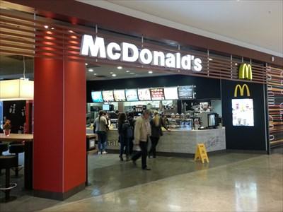 mcdonald 39 s restaurant mercaden b blingen germany bw mcdonald 39 s restaurants on. Black Bedroom Furniture Sets. Home Design Ideas