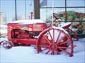 Image for Le Tracteur rouge M.H. de la fruiterie.   -St-Eustache.   -Québec.