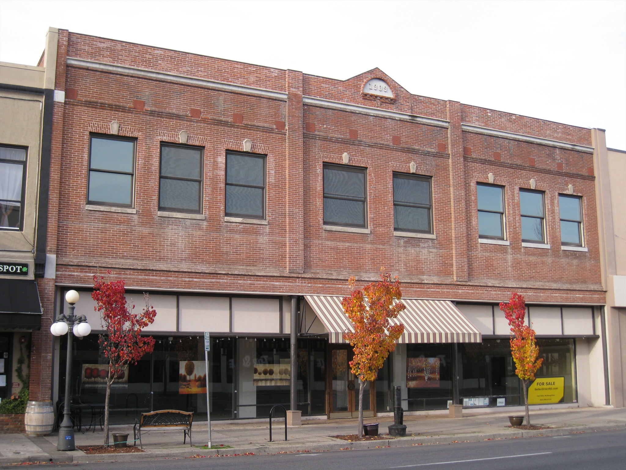 1909 Weeks And Orr Furniture Building Medford Oregon Dated Buildings And Cornerstones On