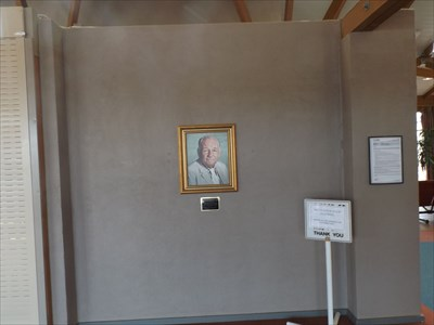 His photo, above the commemorative plaque, inside the Regional Airport at Armidale. Visited: 1443, Saturday, 16 April, 2016