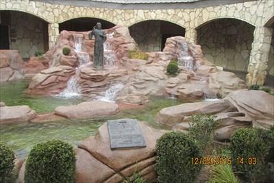 Waymark Code: WM1G3X, Christ Waterfalls in Groom, Texas