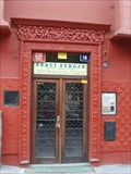 Image for Plastika nad vchodem, Praha, Anglická