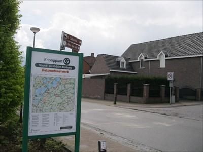 07 - Montfort, NL - Fietsroutenetwerk Noord en Midden-Limburg