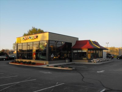 howell ave mcdonalds oak creek wi mcdonald 39 s restaurants on. Black Bedroom Furniture Sets. Home Design Ideas