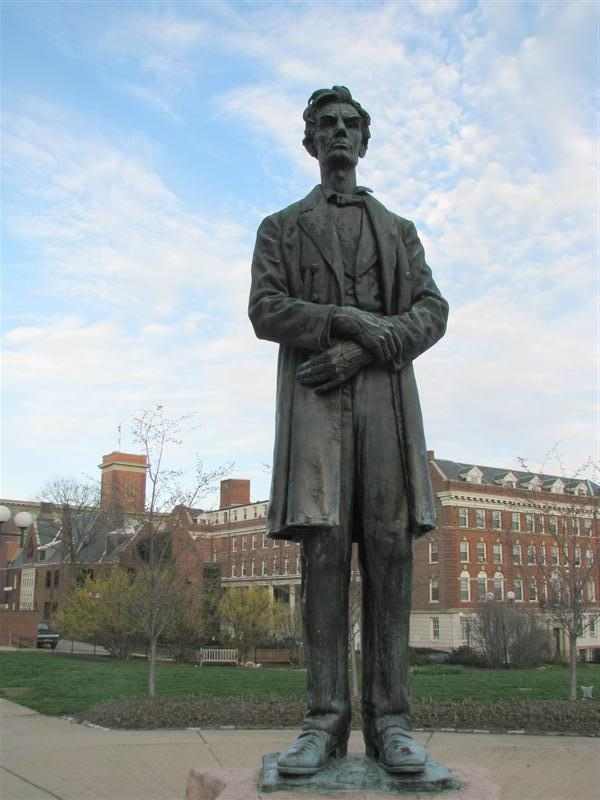 Lincoln Statue Cincinnati Ohio American Guide Series On Waymarking Com
