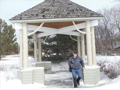 Il y a trois rotonde installé au parc dont celui-ci en troncs d