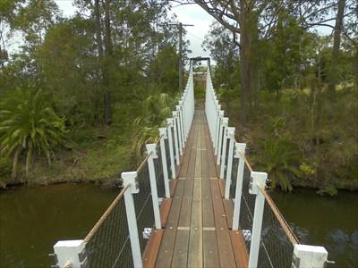 Swing bridge, looking to Victory St