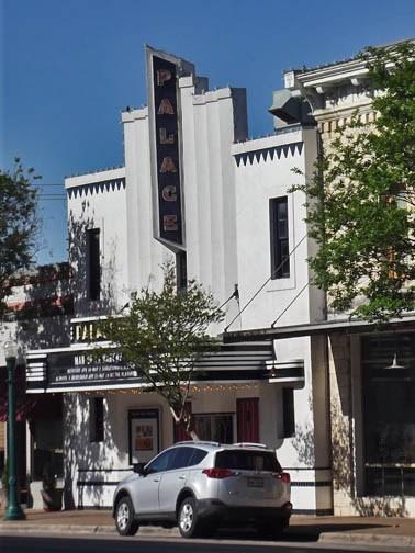 Palace theater georgetown tx vintage movie theaters for Georgetown movie theater