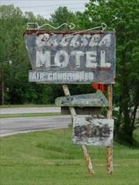 veritas vita visited Chelsea Motel -