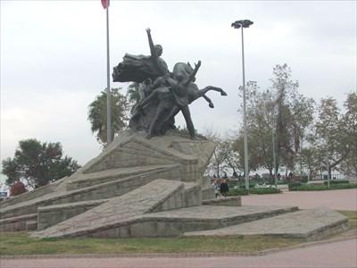 Ataturk Monument, Antalya, Turkey - Statues of Historic ...