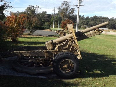 Side view of the field gun. 1040, Friday, 13 May, 2016