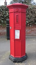 Image for Framlingham  Suffolk: Victorian post box