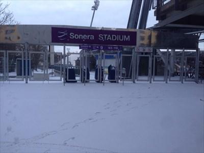 Lasten kanssa kuvaamassa talvisessa Helsingissä
