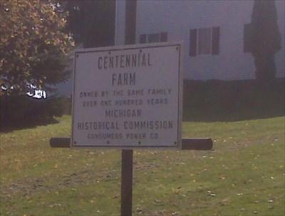 Centennial Farm Marker at driveway