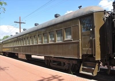 southern pacific 39 suburban 39 passenger coach 2144 static train cars on. Black Bedroom Furniture Sets. Home Design Ideas