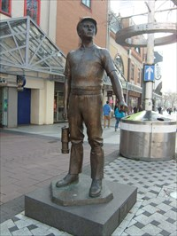Lord Abercrombie visited Coal Miner - Cardiff, Capitol of Wales.