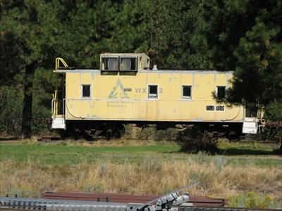 WeyCo (Weyerhaeuser) caboose #WX082 - Train Mountain