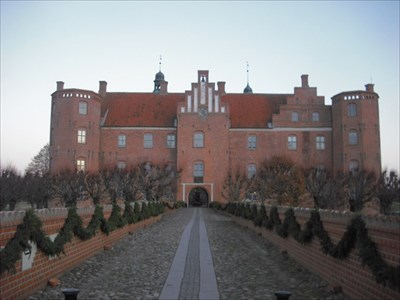 gammel estrup castle dating for de ældre