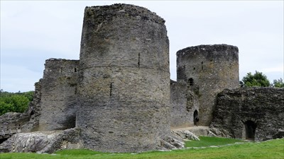 veritas vita visited Cilgerran Castle