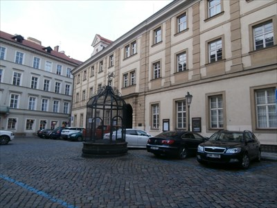 klášter dominikánek s kostelem sv. Anny, Praha