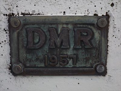 Close-up of the eastern DMR plaque, on the northern side of the bridge, beside the footpath.0704, Friday, 11 November, 2016