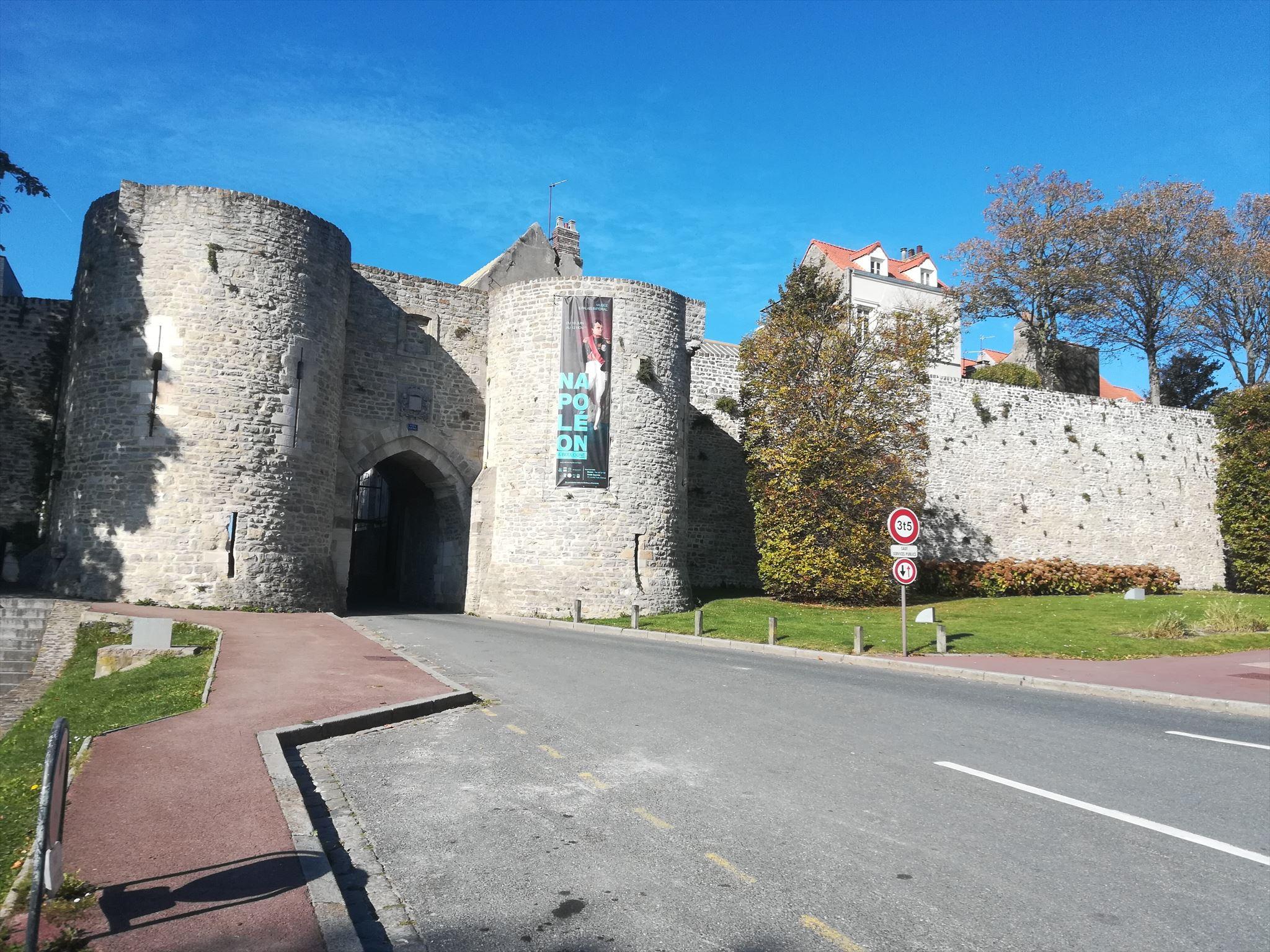 Porte gayolle boulogne sur mer france monuments for Porte de garage boulogne sur mer