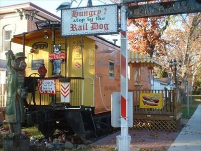 1956 Milwaukee Road Caboose - Wisconsin Dells - Train ...