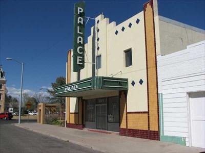 palace theater marfa texas vintage movie theaters on