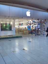 Apple Store  Annapolis Mall  Annapolis MD  Apple