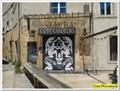 Image for Le rideau de fer du café des cardeurs - Aix en Provence, France