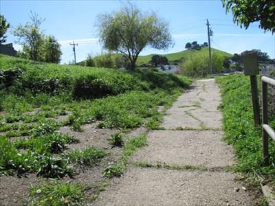 Pathway from Eastern Stairway, Mullen Peralta Mini Park, San Francisco, CA