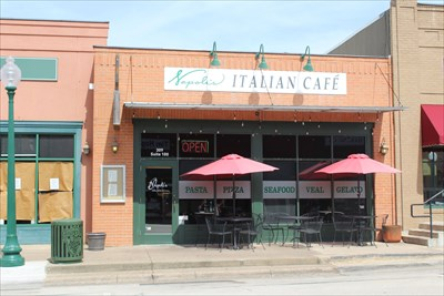 Napolis Italian Cafe Grapevine Tx Independent Pizza