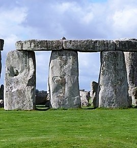 Avebury - Stonehenge Revenge - Wiltshire