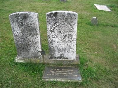Headstone of Jonas Simmons, Revolutionary War veteran.