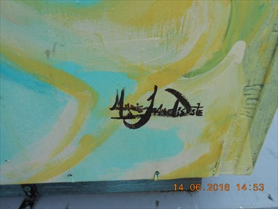 Signature de l'Artiste Marie-Jeanne Decoste.  Signature Artist Marie-Jeanne Decoste.