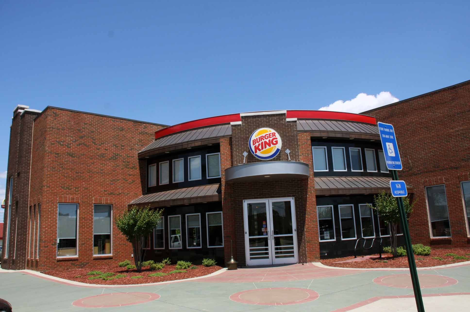 the burger kings in columbus a work of art macon house live columbus ga georgia ga. Black Bedroom Furniture Sets. Home Design Ideas