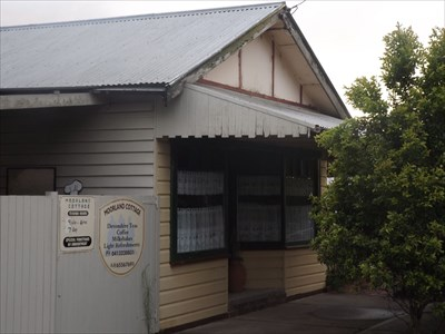 A small, independent Tea House, on the Mid North Coast of New South Wales.