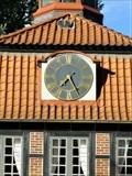Image for Uhr am Torhaus Wellingsbüttel (Ostseite) - Hamburg, Germany