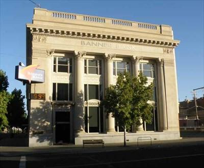 Banner Bank Time Temp Walla Walla Washington Time And Temperature Signs On Waymarking Com