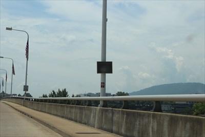 Veteran's Memorial Bridge -- Tennessee River, Chattanooga TN