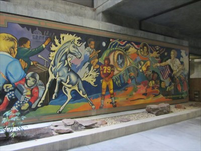 Lmc Pittsburg Campus Map.Los Medanos College Mural Pittsburg Ca Murals On Waymarking Com