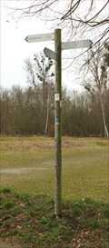 Image for Hiking Trail Arrows around Liblarer Lake, Parking Area East, Erftstadt - NRW / Germany