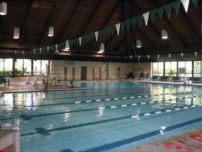 Forest park swim center everett wa public swimming - Washington park swimming pool hours ...