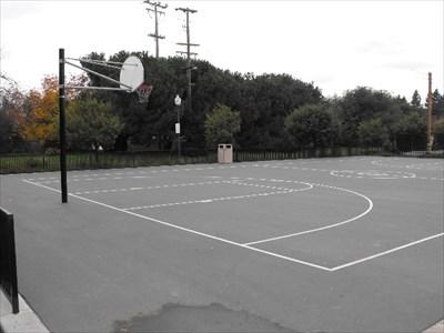 Burgess Park Basketball Court   Menlo Park, California   Outdoor Basketball  Courts On Waymarking.com