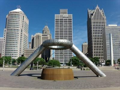 Woodward Avenue - Dodge Fountain - Detroit, Michigan.