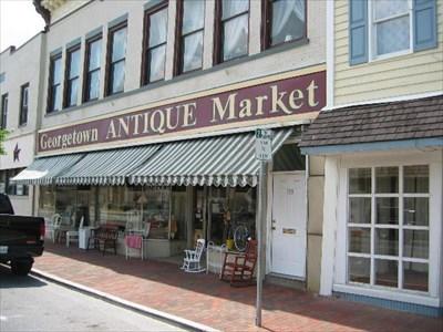 Georgetown Antique Market - Georgetown, Delaware - Antique