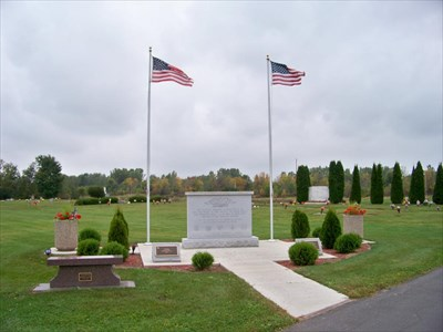 Chapel Hill Memorial Gardens Veterans Memorial Lansing Michigan Non Specific Veteran