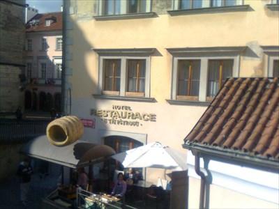 House At the Three Ostriches, Praha