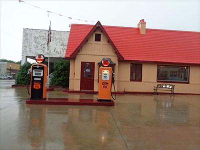 veritas vita visited Two Pumps - Baxter Springs